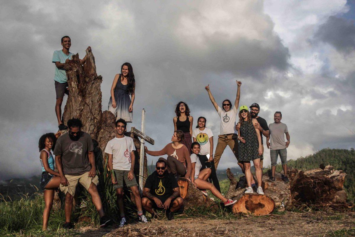 Artistas Puertorriqueños Trabajan por su Isla