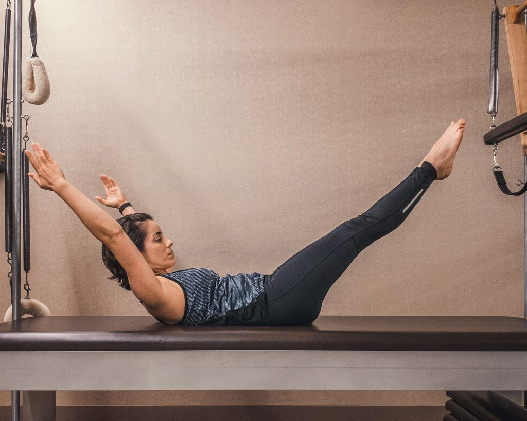 Core - Double Leg Stretch - arms back and legs forward